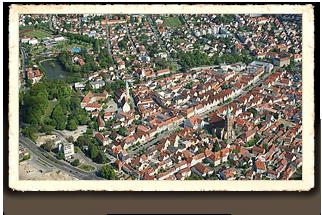 Neumarkter Altstadt mit St. Johannes, Rathaus und Schloßviertel